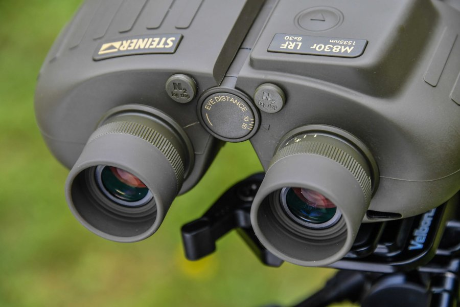 steiner-m830r-lrf-1535nm-binoculars-eyepiece.jpg