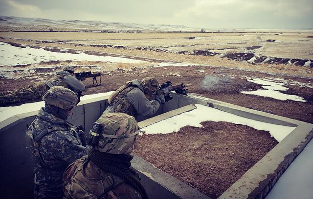 Los francotiradores del ejército EEUU prueban un rifle más preciso y ergonómico