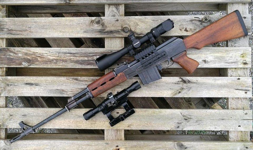ZASTAVA M76 (Kalashnikov de gama alta y largo alcance)