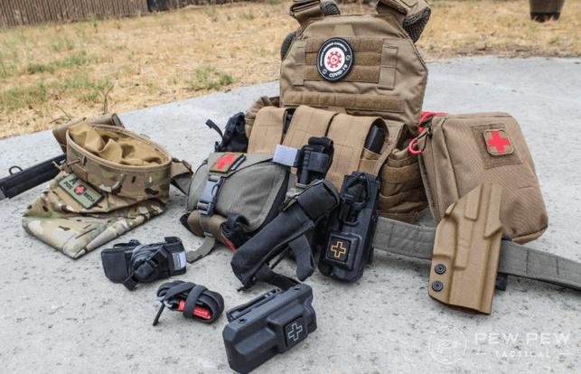 Mejores torniquetes y soportes [mitos, uso y selecciones principales] por Pew Pew Tactical