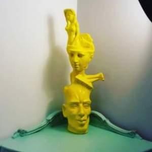Ekuilibri i ëndrrës së verdhë, Eduart Karaj
