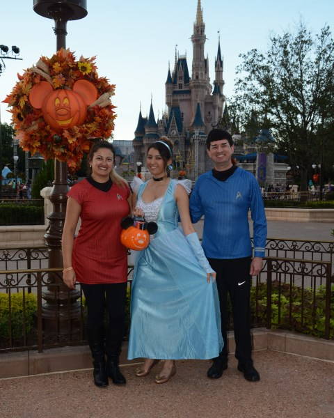 PhotoPass_Visiting_Mickeys_Not_So_Scary_Halloween_Party_7512410274