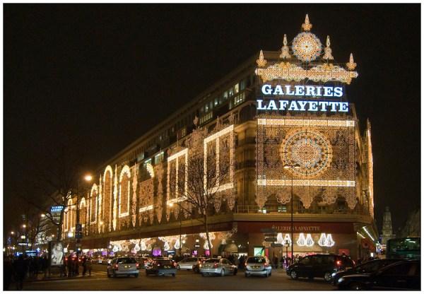 Galerias_Lafayette_a_noite