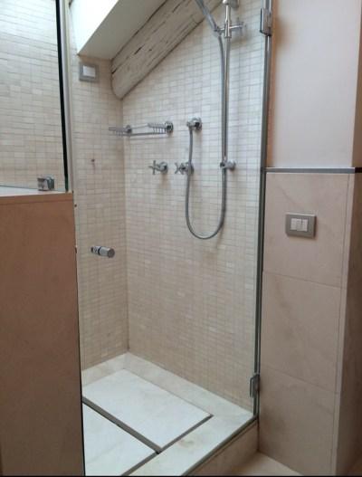 ca_nigra_veneza_banheiro (1)