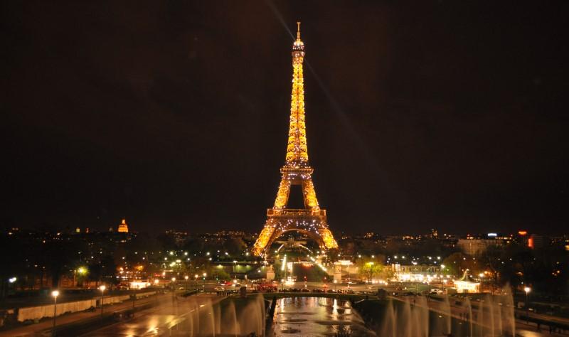 """Paris: Conhecendo a """"Cidade Luz"""""""