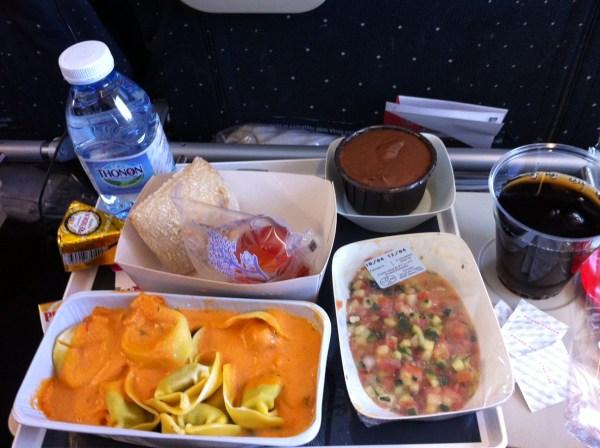 Minha escolha para o jantar durante o voo de Paris para Nova Iorque, no A380 da Air France. Foto: AMF / Blog Tirando Férias