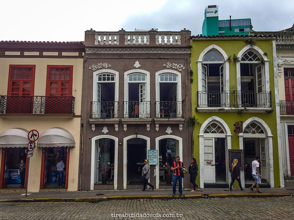 prédios antigos no centro histórico de Florianópolis