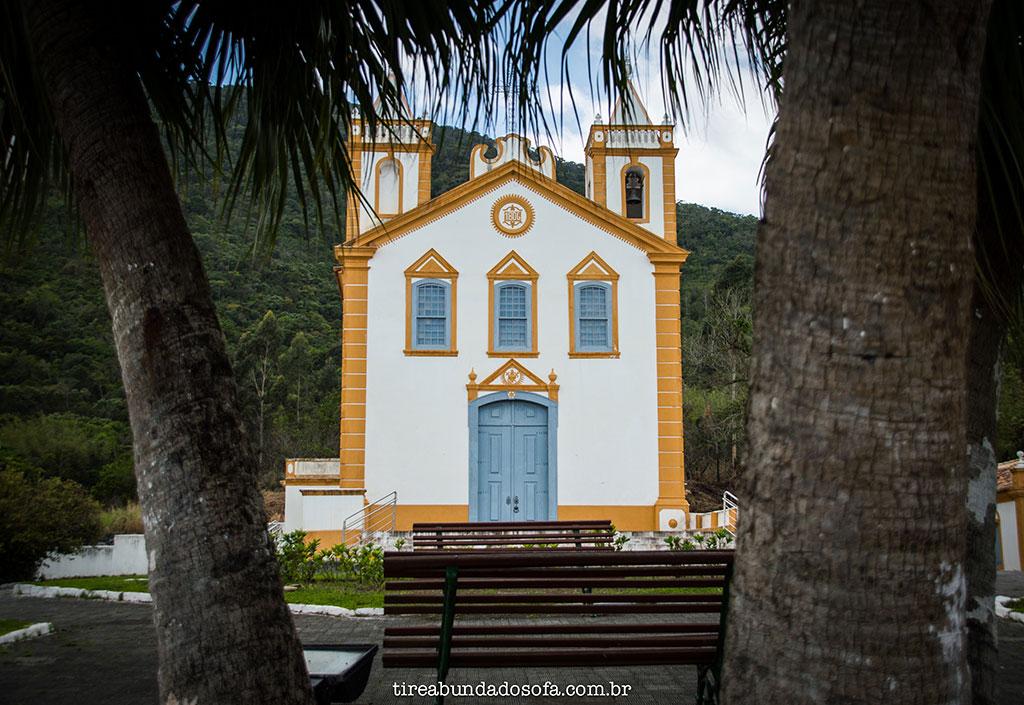 Igreja com arquitetura portuguesa, localizada em Ribeirão da Ilha, Florianópolis