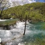 corredeiras do parque nacional Plitvice Lakes, na Croácia