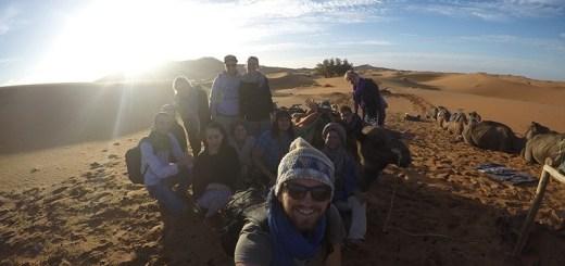 passeio de camelo pelo deserto do sahara, merzouga, marrocos