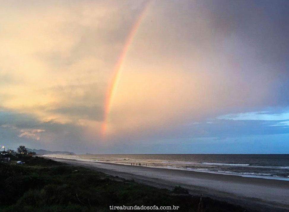 arco iris, itapoa, praia em santa catarina