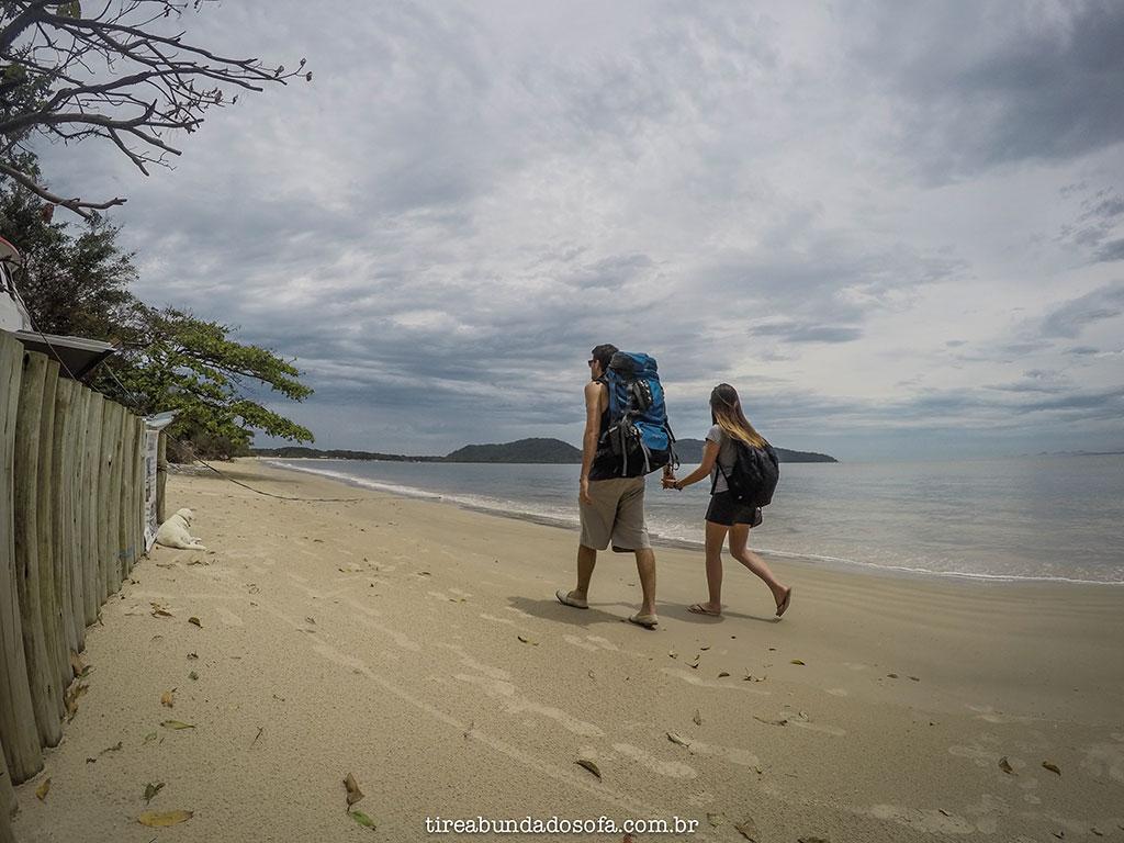 ilha do mel, pontal do sul, paranaguá, ilhas do brasil, paraná, praia, mochileiro, viagem em casal, destinos romanticos