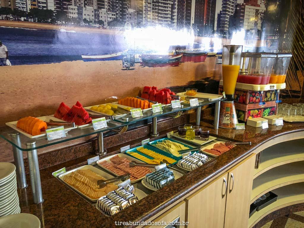 café da manhã do hotel quality suites vila velha