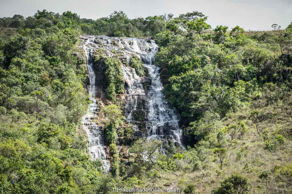 Cachoeira Véu de Noiva, em Carrancas, Minas Gerais