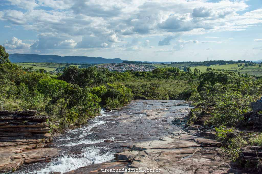 Entrada de cima do Complexo Tira Prosa, em Carrancas, MG