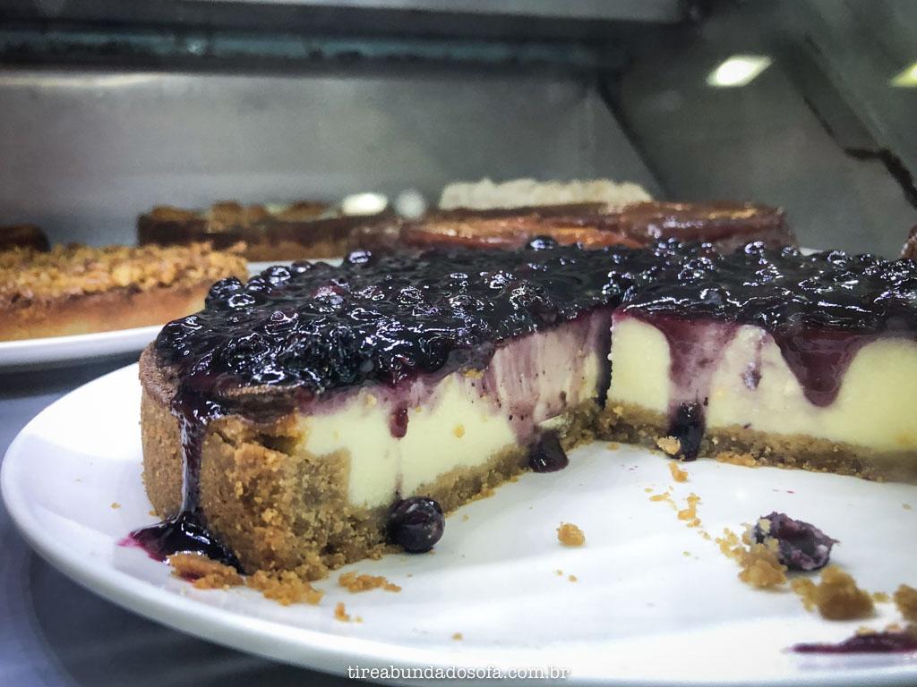 cheesecake de amoras, na torten paradies, em pomerode