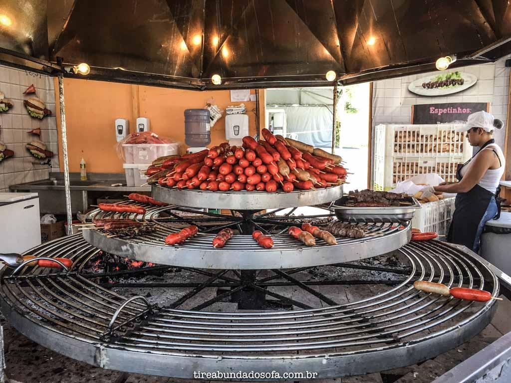 comida típica alemã, na festa pomerana, em pomerode, sc
