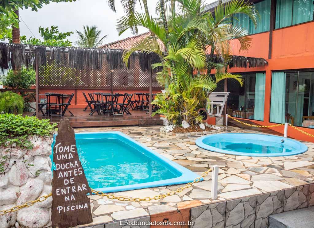 piscinas da pousada gaivotas, onde se hospedar em peruíbe