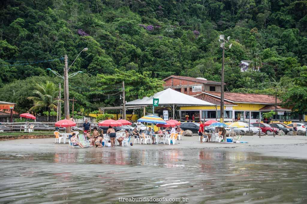 Bares da Praia do Guaraú, em Peruíbe, SP