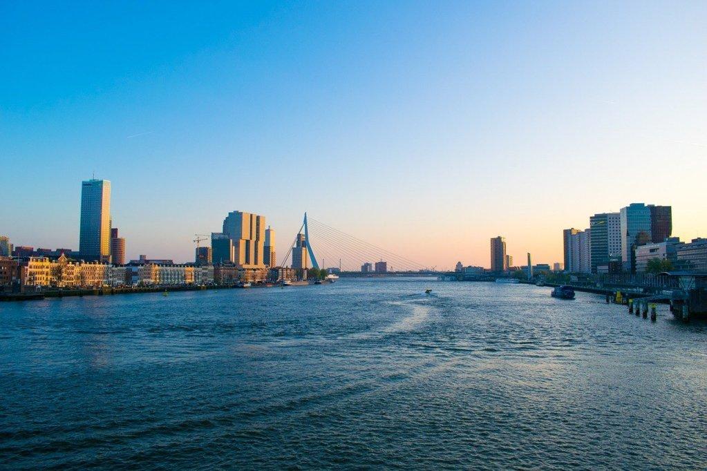 Cidade de Rotterdam, na Holanda
