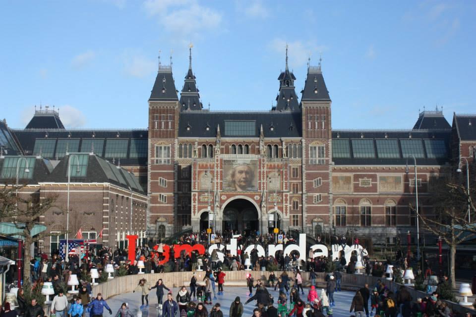 Museumplein em Amsterdam, na Holanda
