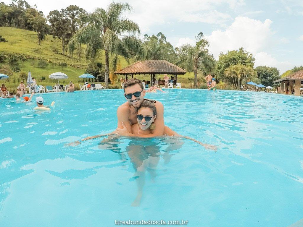 Curtindo uma das piscinas do Paraíso das Águas, em São Bento do Sul