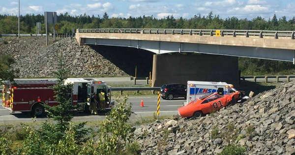 Crashed General Lee Clone Car Dodge Charger Nova Scotia 3