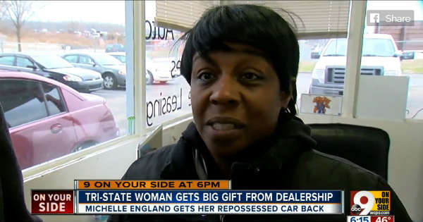Dealership Pays 100 For Struggling Grandmas Car - Christmas Gift 2