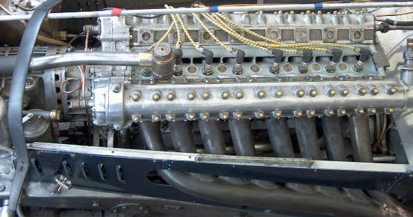 These 16-Cylinder Engines Sound Awesome 2
