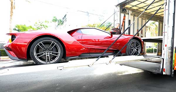Ford GT Delivery Video 1