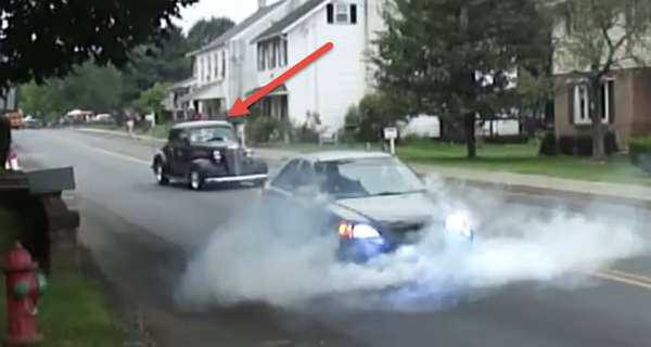 Oldtimer Owner Got Angry With This Honda Civic Burnout 1