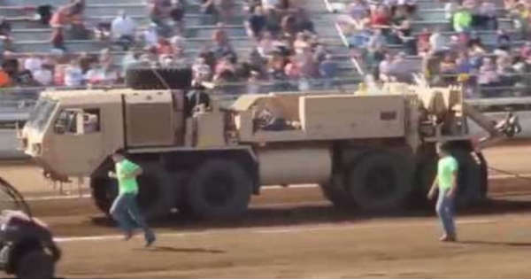 The HEMTT A4 Wrecker Is The Craziest Tow Vehicle Ever 2