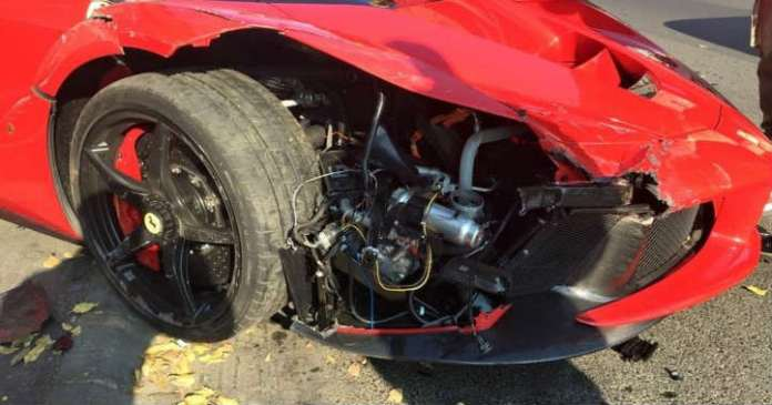 This Guy Crashed His Brand New LaFerrari Right After Leaving Dealership 1