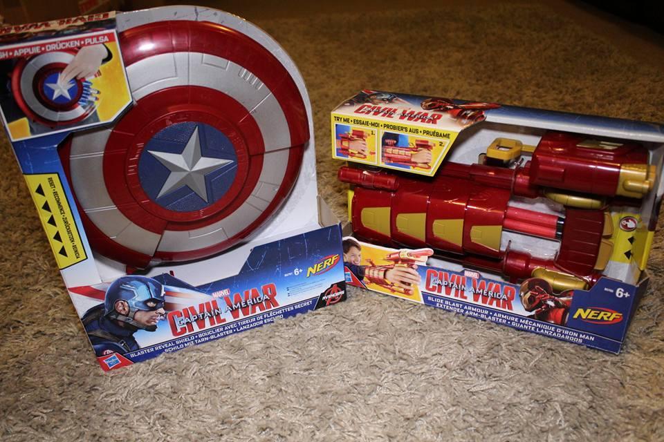 Hasbros Captain America – Civil War Slide Blast armour and Blaster reveal shield