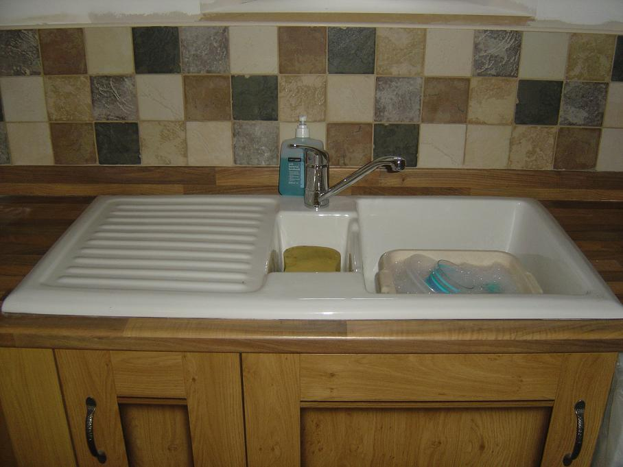 White Ceramic Traditional Bowl Sink