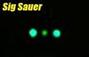 Elementos de puntería de una pistola SigSauer con Nitesiters