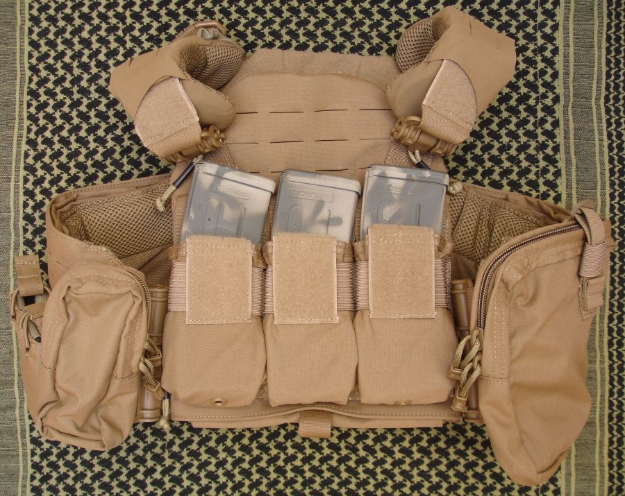 FirstSpear Strandhögg SAPI Cut Plate Carrier.