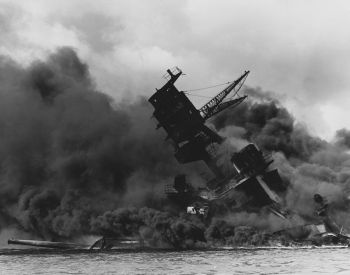 USS-Arizona-Pearl-Harbor