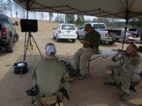 Momento de diágnostico por vídeo en el curso de Pistola de 2 días con diagnóstico por vídeo de John Shrek McPhee. 12 y 13MAR16. Sanford (North Carolina, EE.UU.)