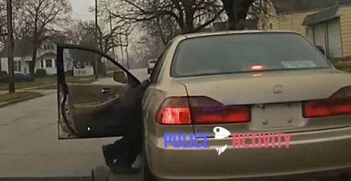 Un policía de Brooklyn se ve arrastrado por un coche al intentar detener al conductor.