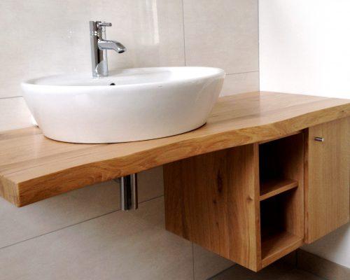 Waschbecken-Unterschrank (2)
