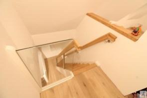 Dachbodentreppe_023