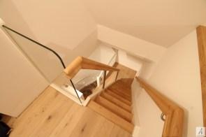 Dachbodentreppe_025