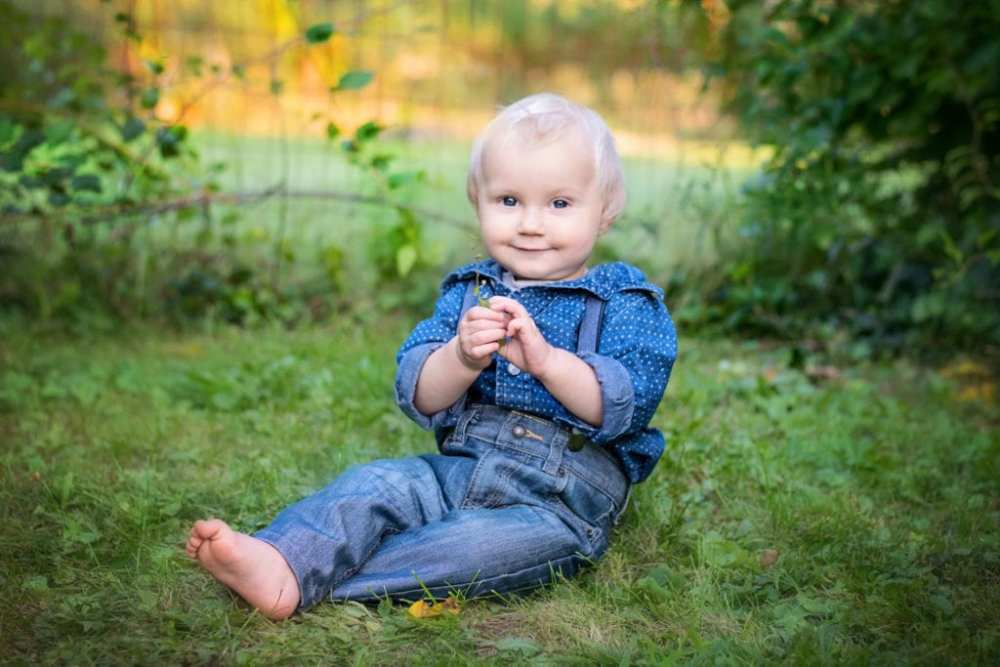 My Baby's Almost 1 Outdoor Portrait Session Camp Hill PA Childrens Photography Photographer 17011 -4