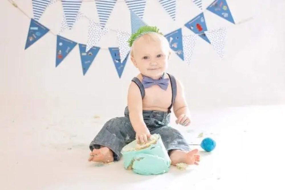 Ethan's Cake Smash Birthday Camp Hill pa photographers baby photographers 17011 baby photography camp hill pa-9