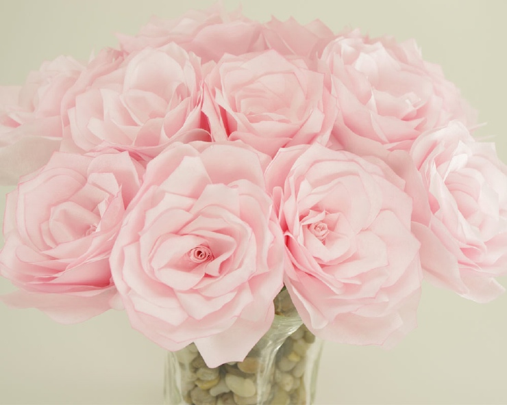 Pale pink roses -- bouquet.
