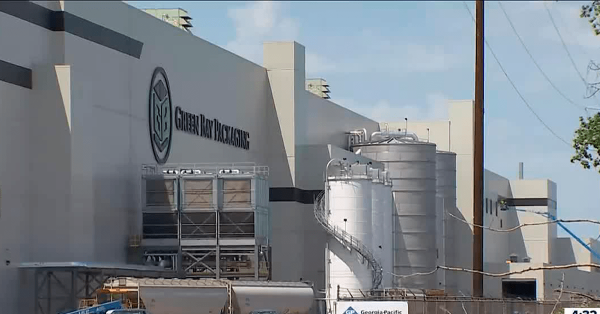 New paper mill opens in Wisconsin