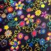 Carnaval fleurs et motifs colorés sur fond noir