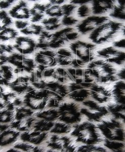 printed white leopard fur