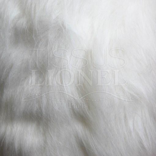 fourrure poil long blanc